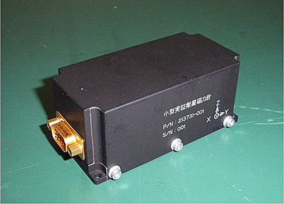 小型衛星搭載用3軸磁気センサ